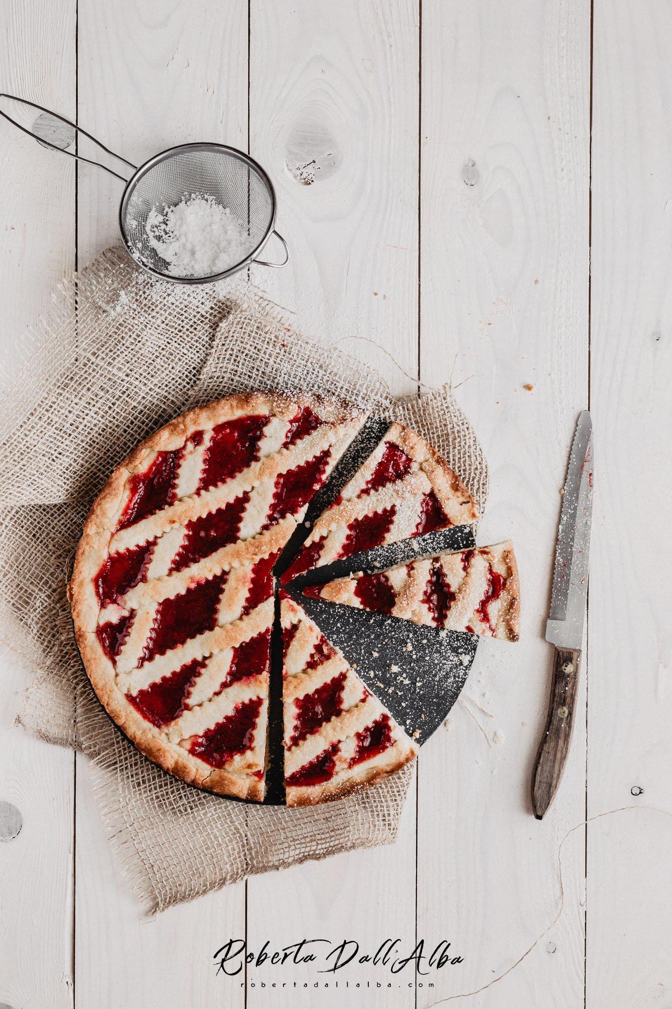 Homemade italian crostata with strawberries' jam
