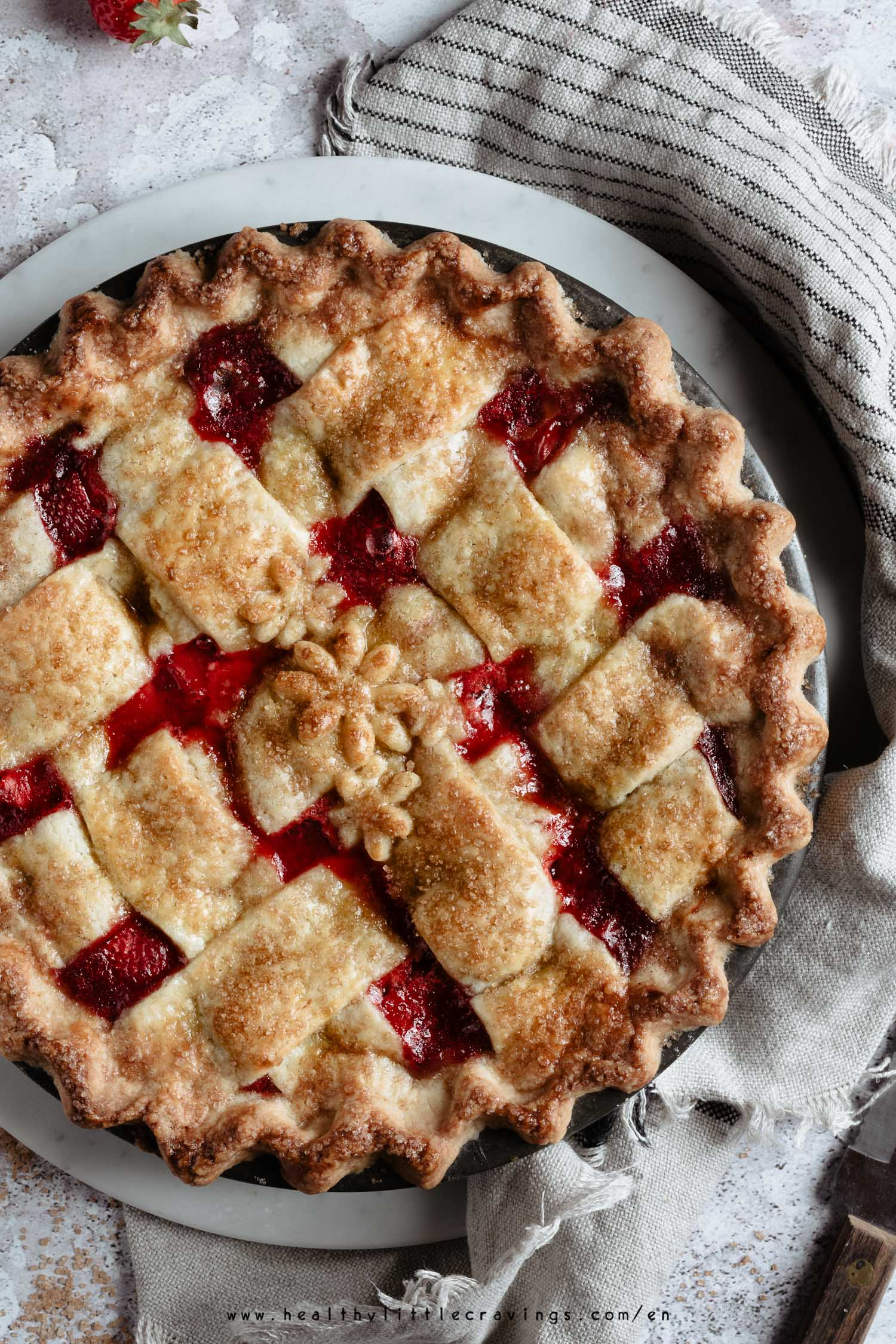 Step-by-step guide on how to make a strawberry pie