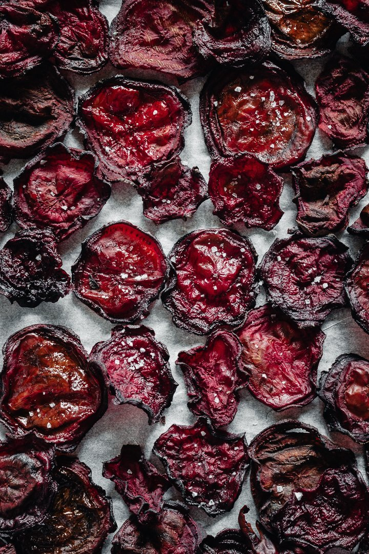 easy baked beetroot chips perfect as a snack