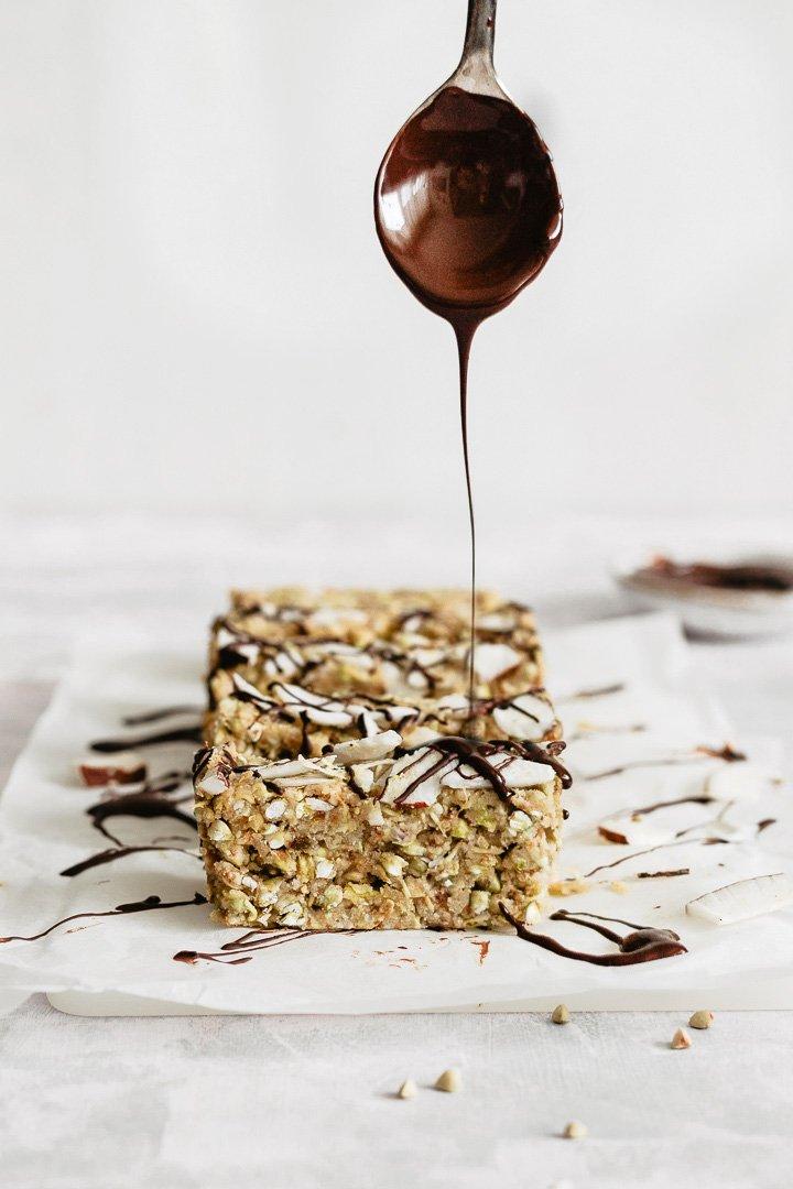 How to make delicious buckwheat bars, raw vegan bars
