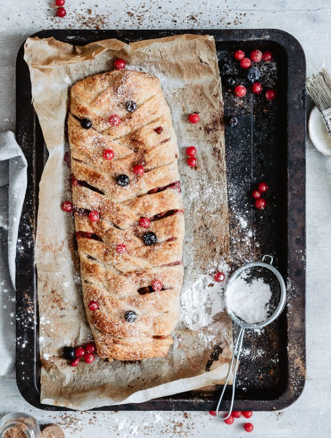 Healthy berry strudel with apples and cinnamon