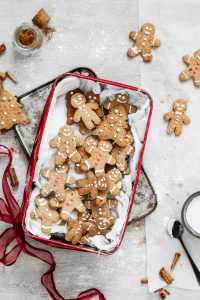 How to make easy gluten free gingerbread cookies with oat flour