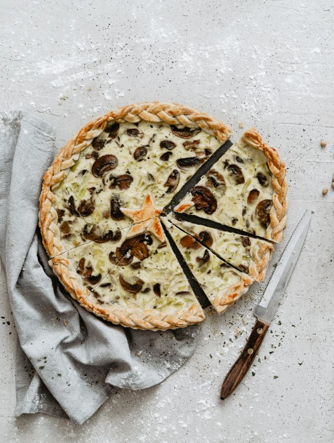 Easy light mushroom leek quiche, lighter thanks to the ricotta!