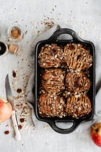 Quick and easy hasselback apples