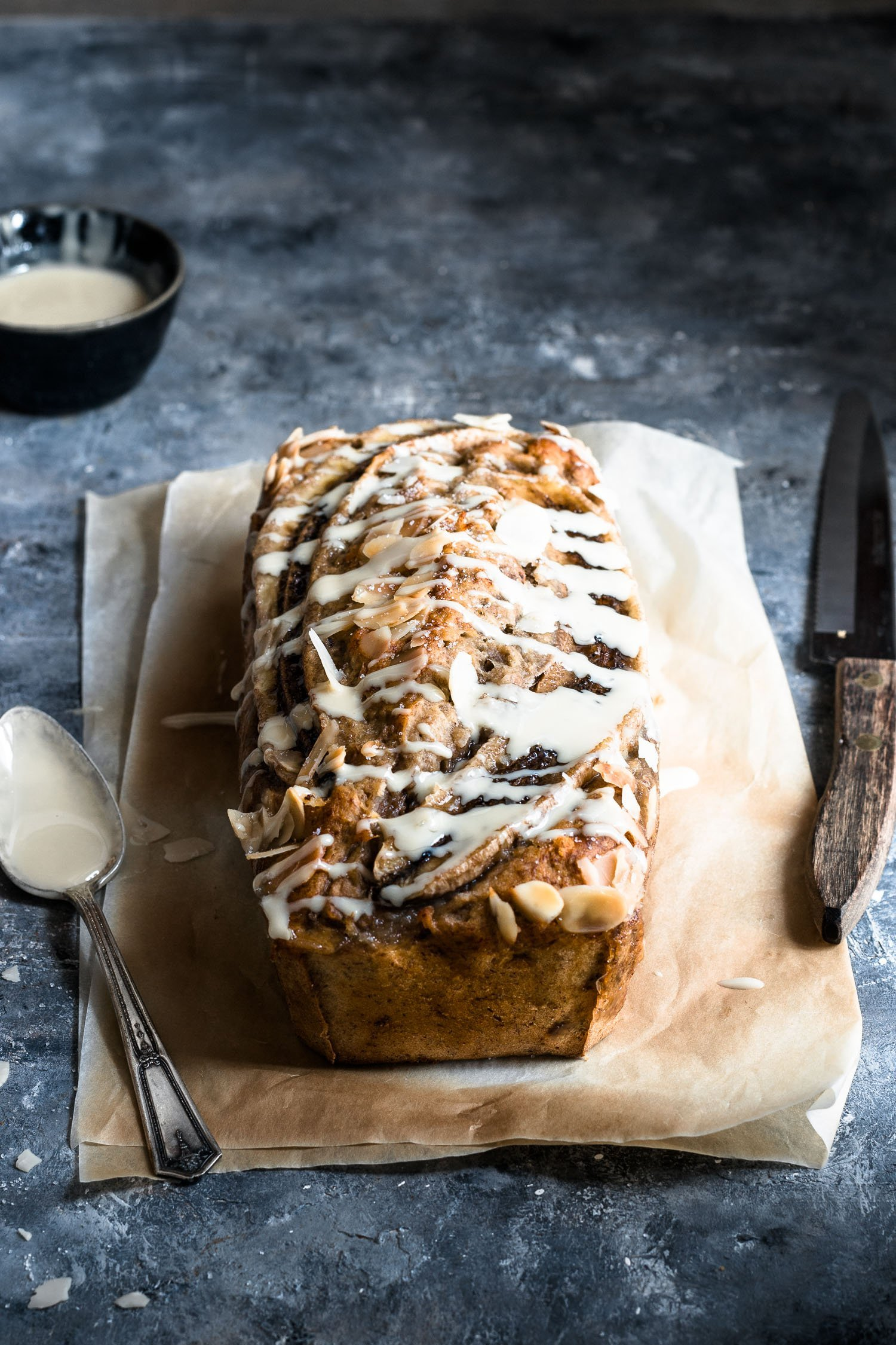 How to make an eggless banana bread with nuts