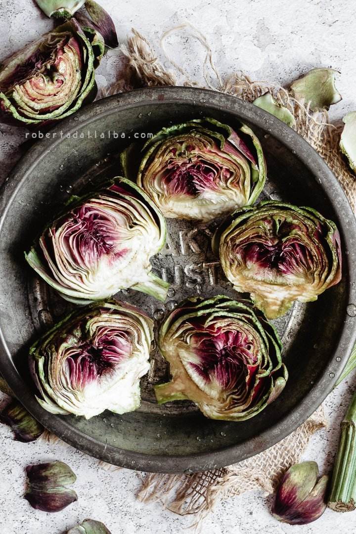 Artichokes divided in halves