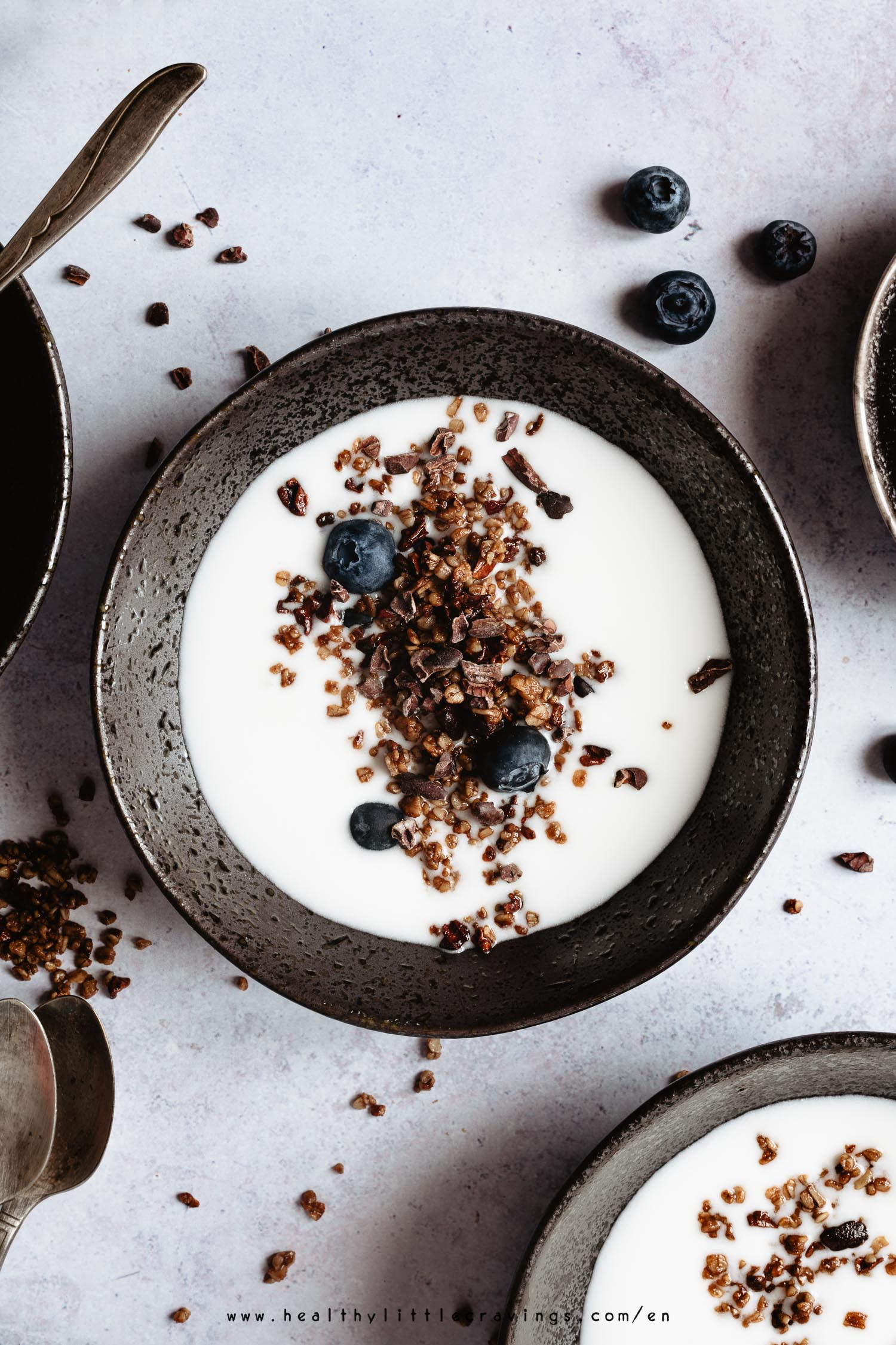 This post will teach you how to make vanilla yogurt