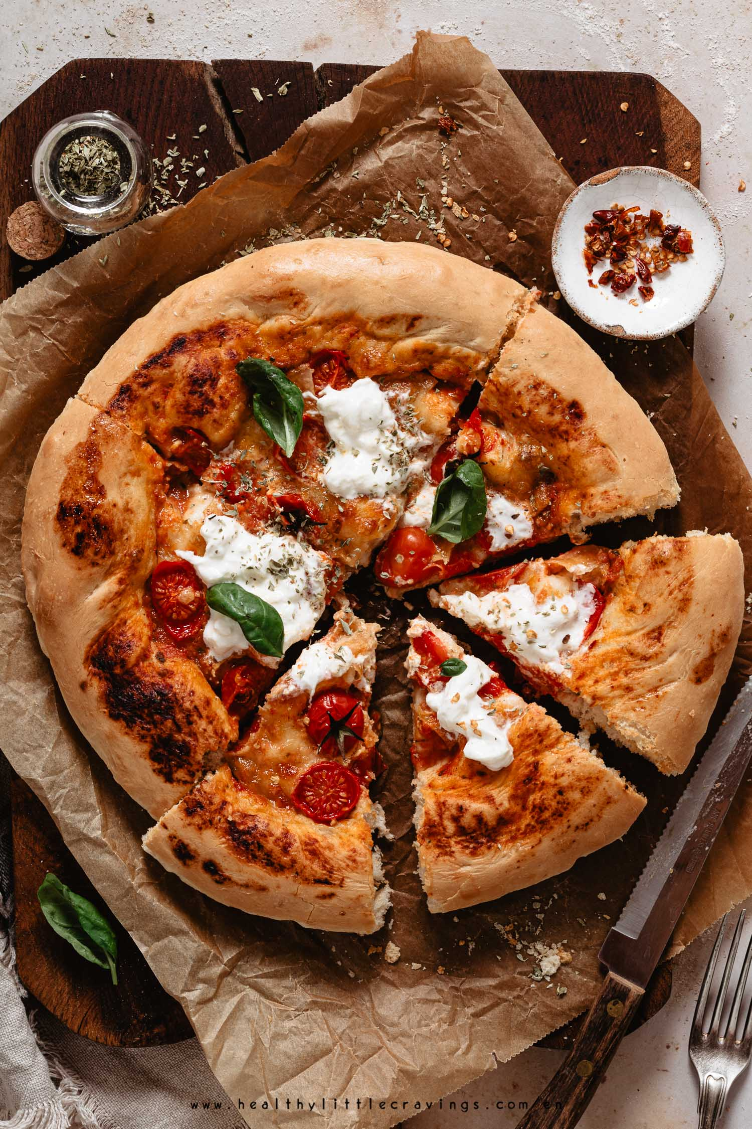 Easy homemade pizza dough recipe and pizza Margherita